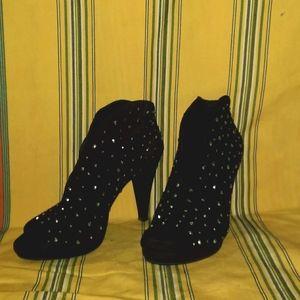 INC heels